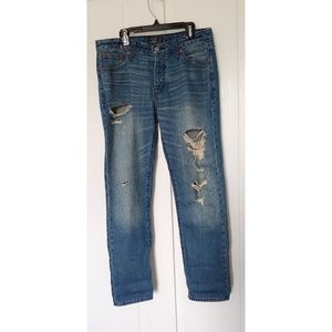 abercrombie and Fitch Ames slim boyfriend jean